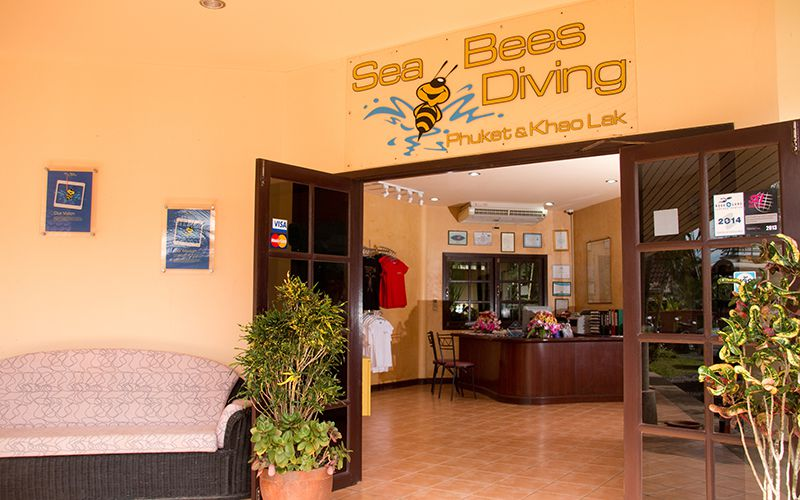 sea bees khao lak dive center